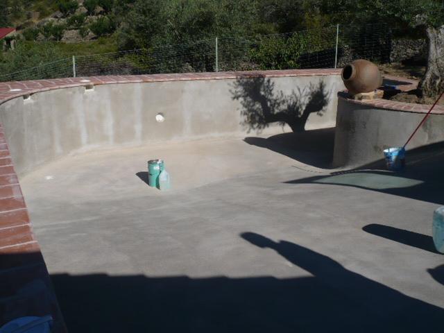 Recubrimientos dep sitos y tratamiento de aguas en for Recubrimientos para piscinas